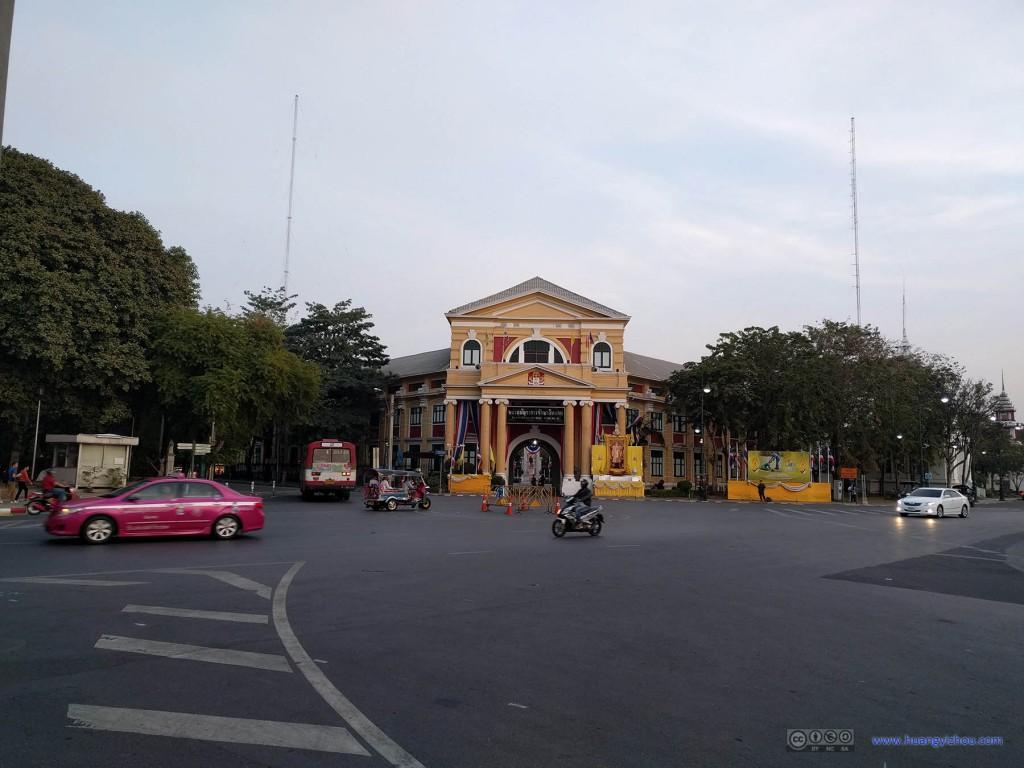 卧佛寺旁的King Rama 6 Museum