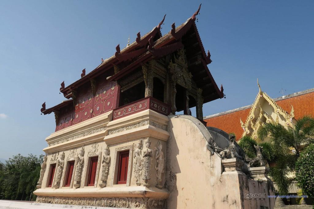 Wat Phra Singh,一些有点年纪的庙宇
