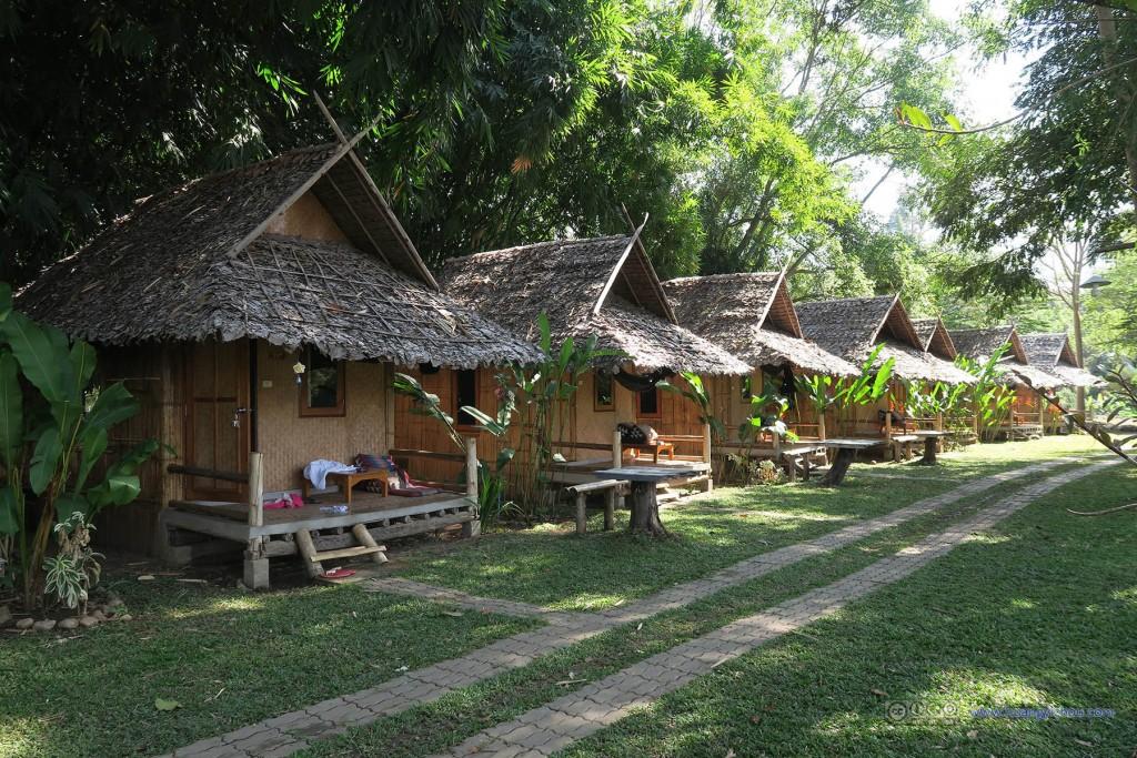 Pai河边的度假村