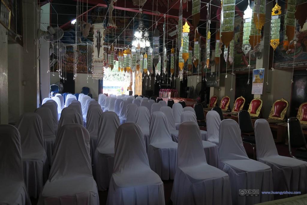 Wat Koo Kam,因为寺庙在城外不太有来观光的人,所以内部也更加注重实用吧