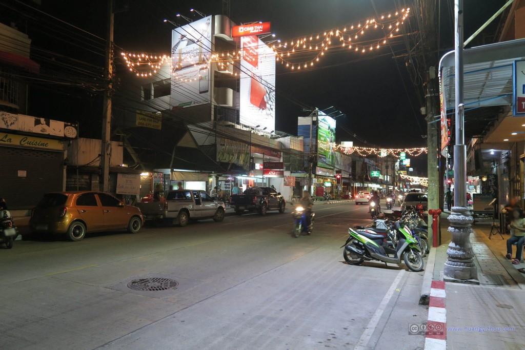 清莱,夜晚的街道