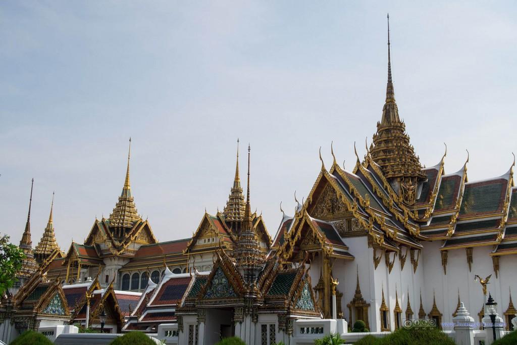 大皇宫部分的屋檐屋顶设计还是很整齐划一的