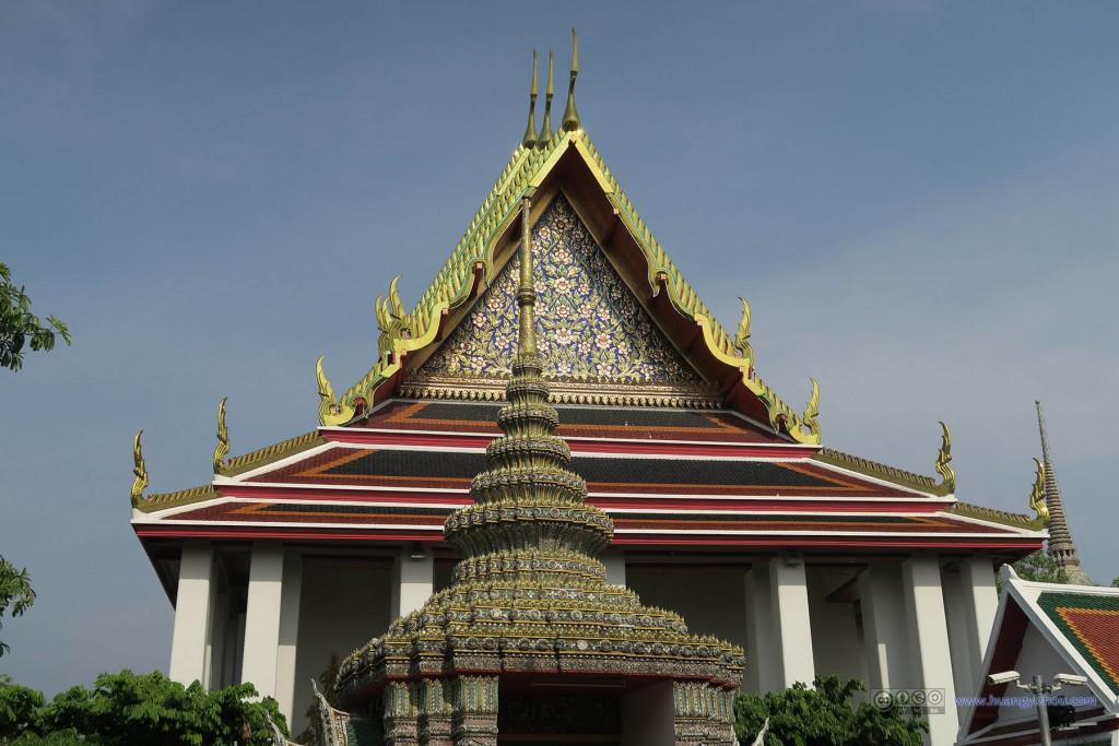 卧佛寺的入口