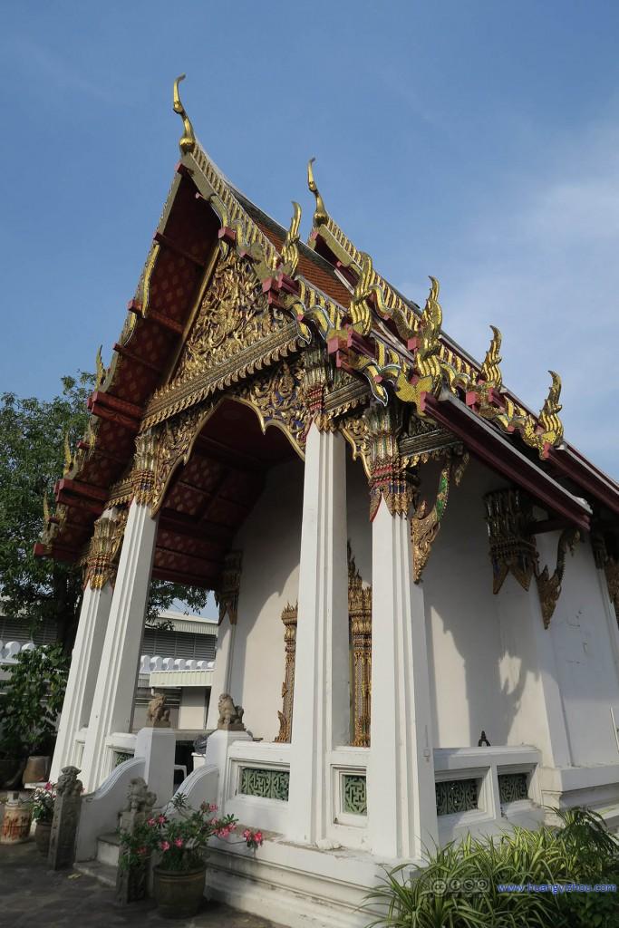卧佛寺,Phra Viharn Kod