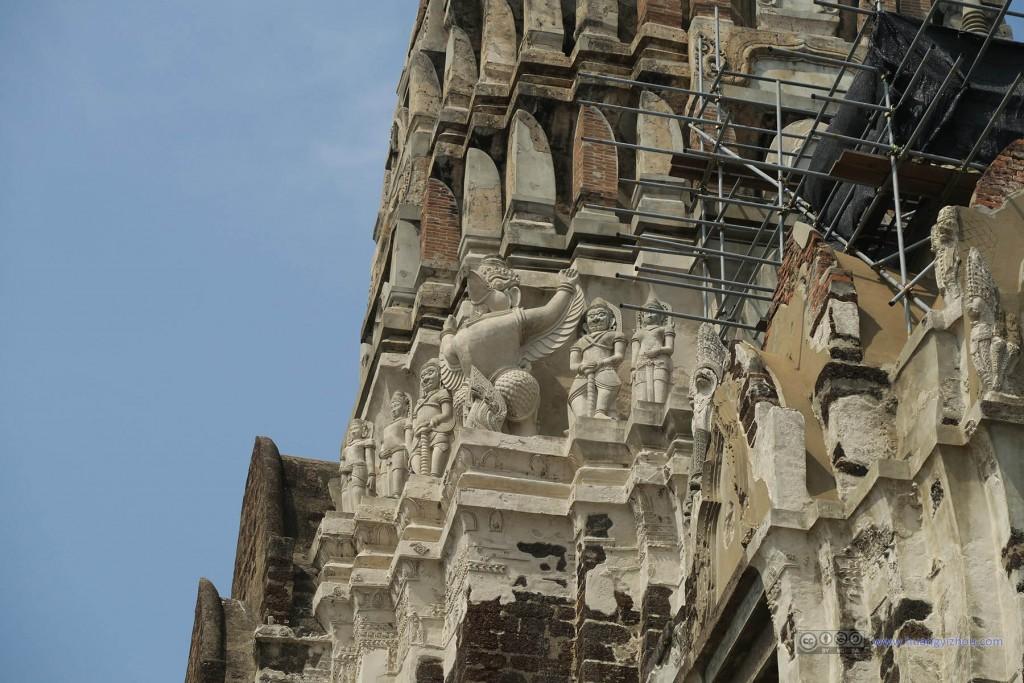 Wat Rat Praditthan,被修复的局部