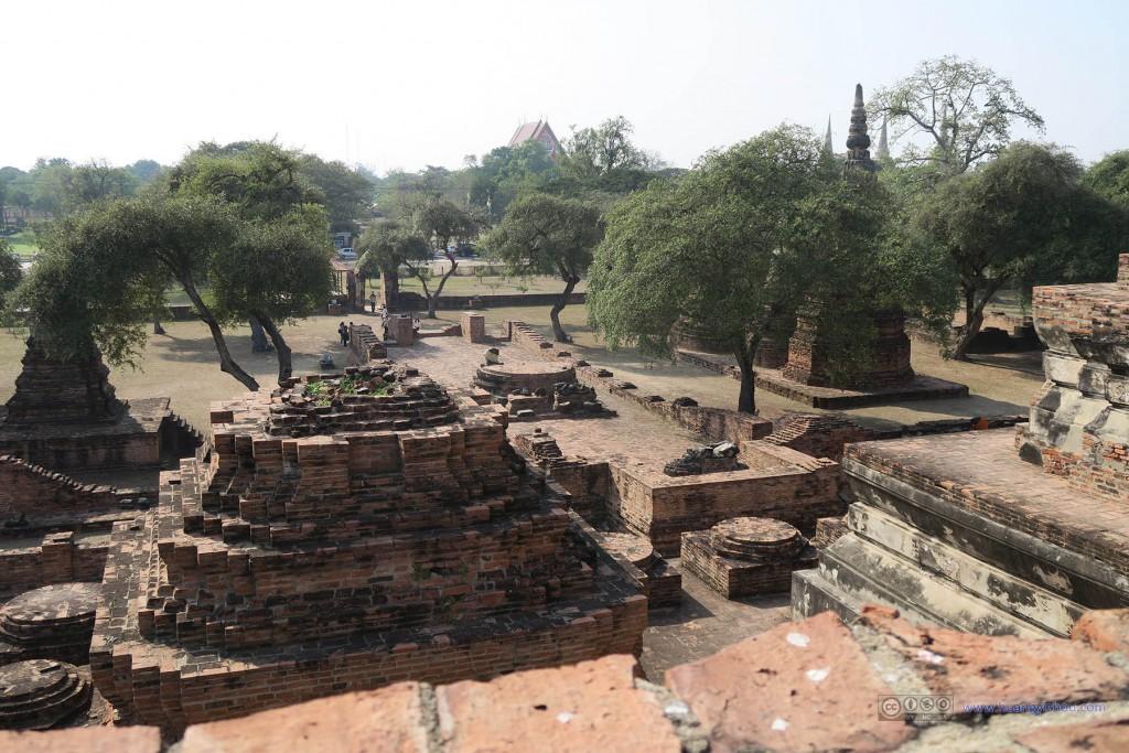 俯瞰Wat Phra Ram回廊内建筑