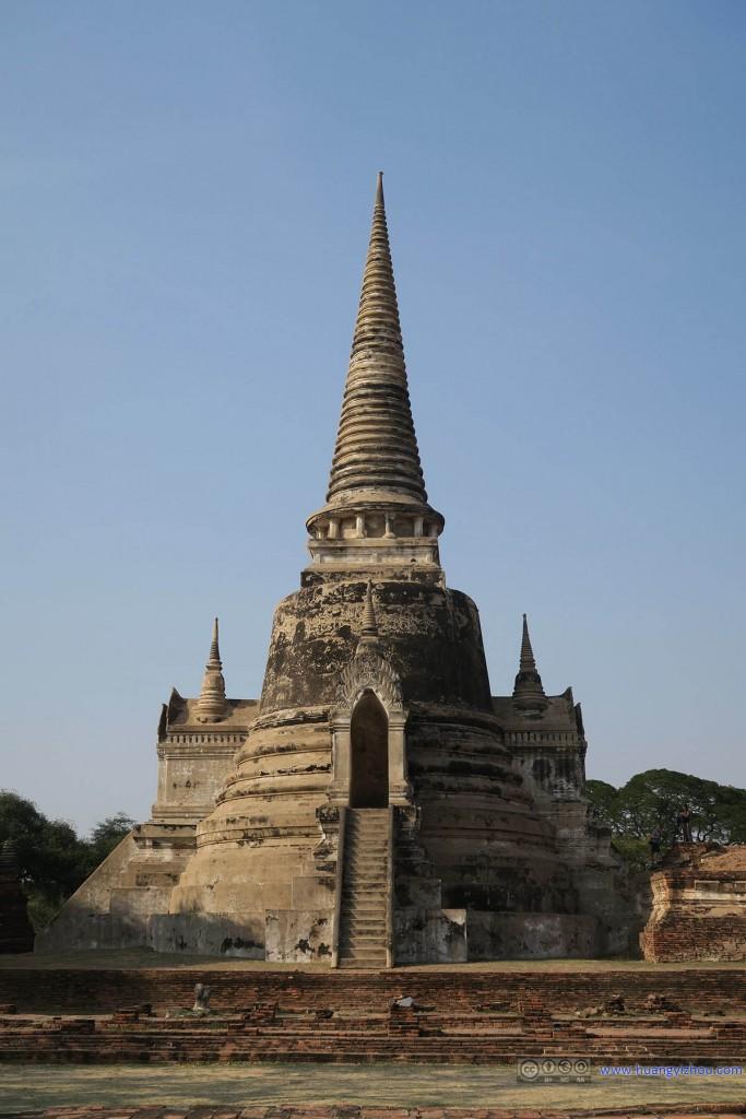 Wat Phra Si Sanphet内被修复的舍利塔